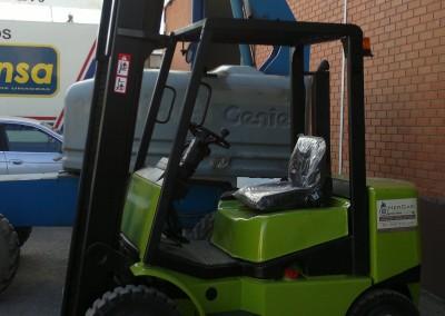 Carretilla Clark C25 2.500 Kg