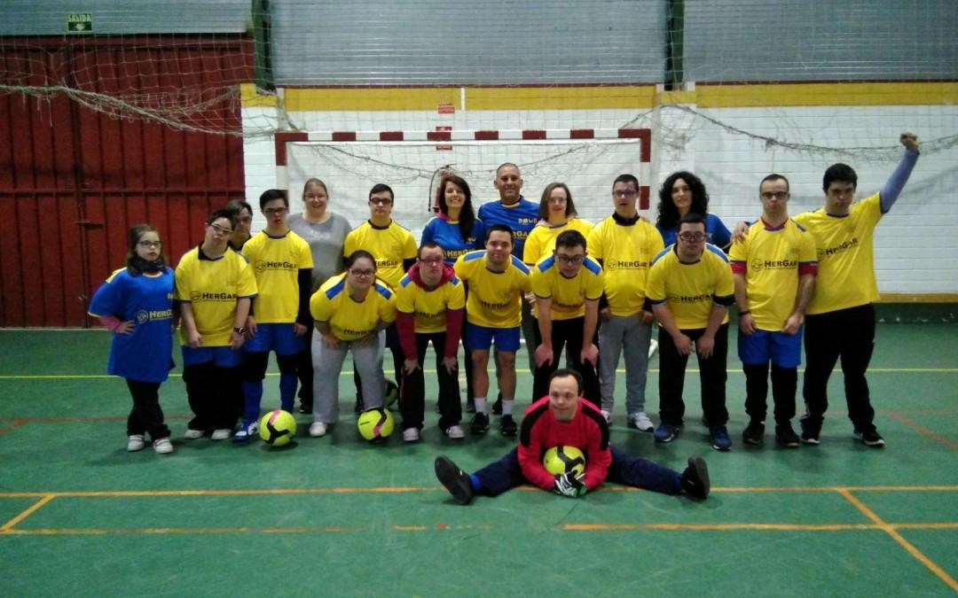 Patrocinio del equipo de fútbol sala mixto de ADOCU